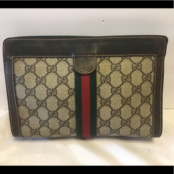 61218d43ccf636 Gucci Handbags - Vintage Gucci Cosmetic Case Clutch - Authentic